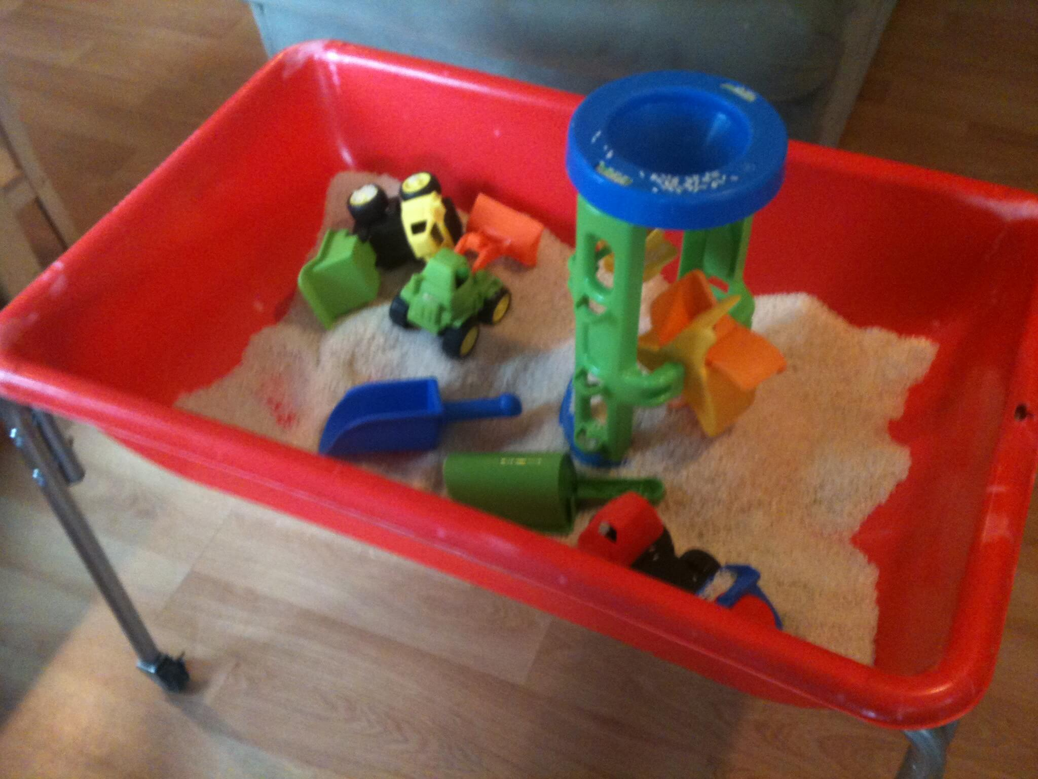 Easy Sensory Bins for Cheap and Simple Sensory Play Ideas