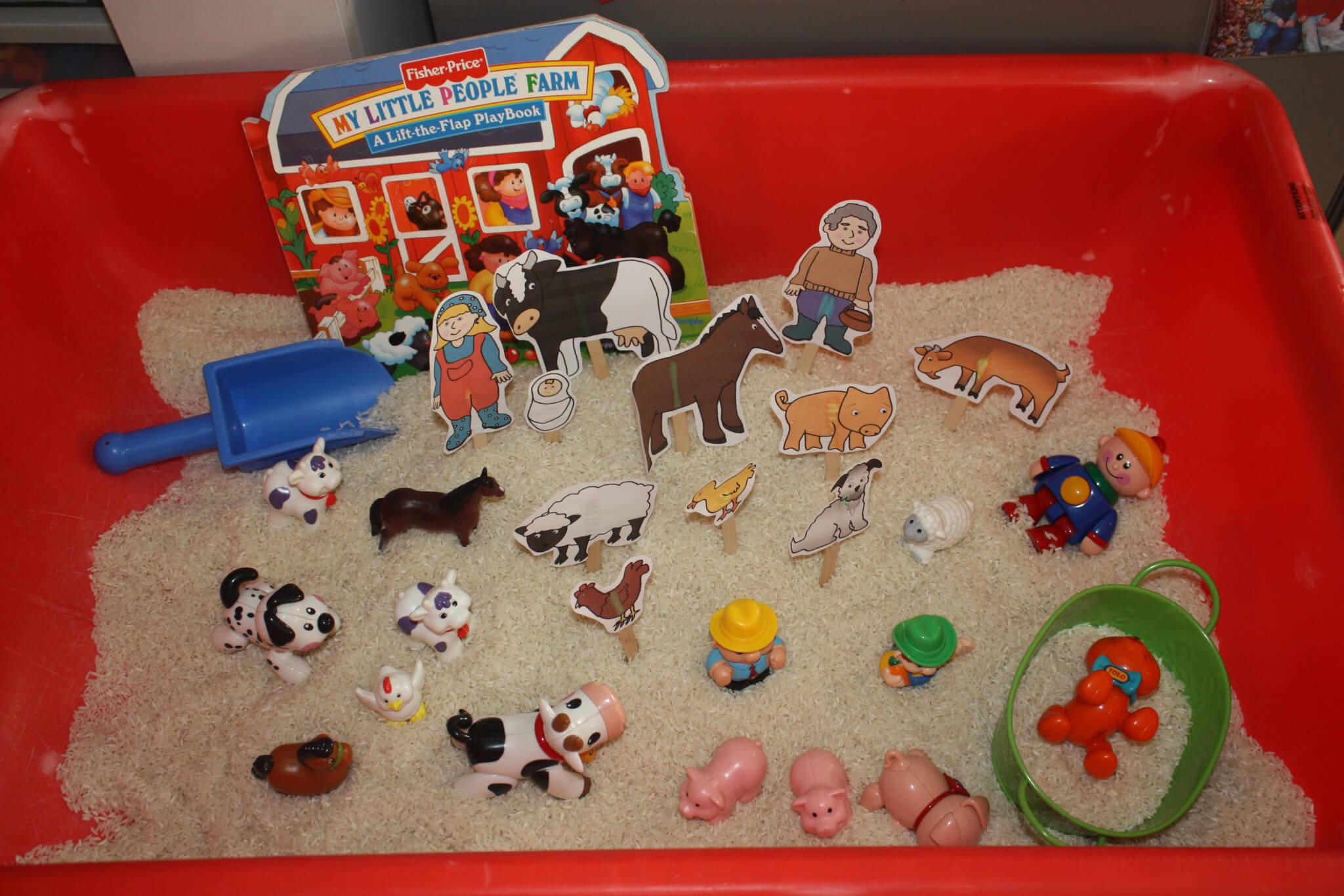 Farm Sensory Bin & Picture Book Play!