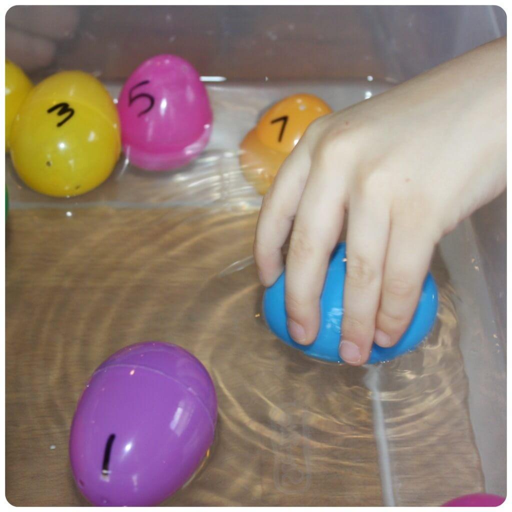 Easter Egg Sink Science Blue Egg