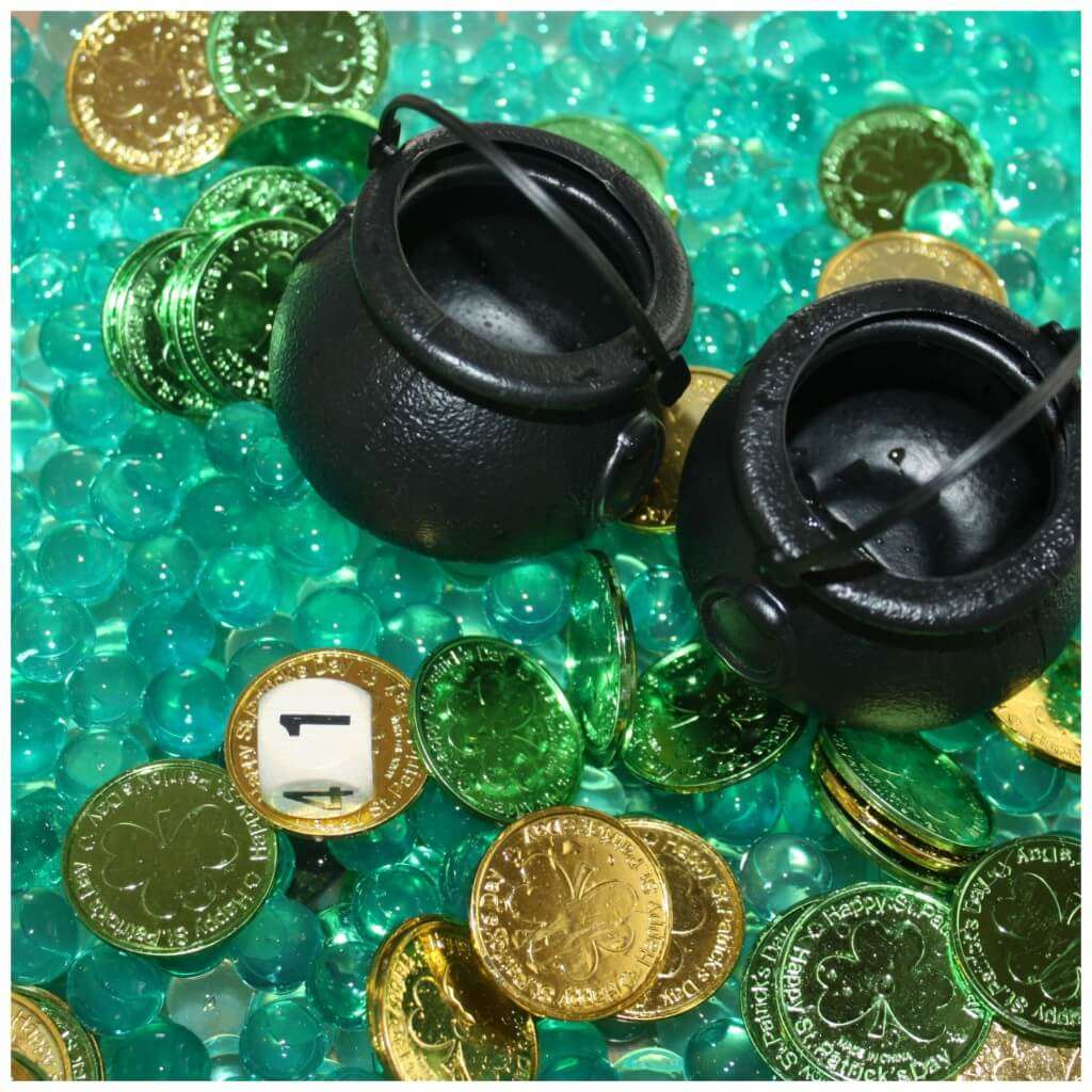 St Patricks Day Sensory Bin Counting Game