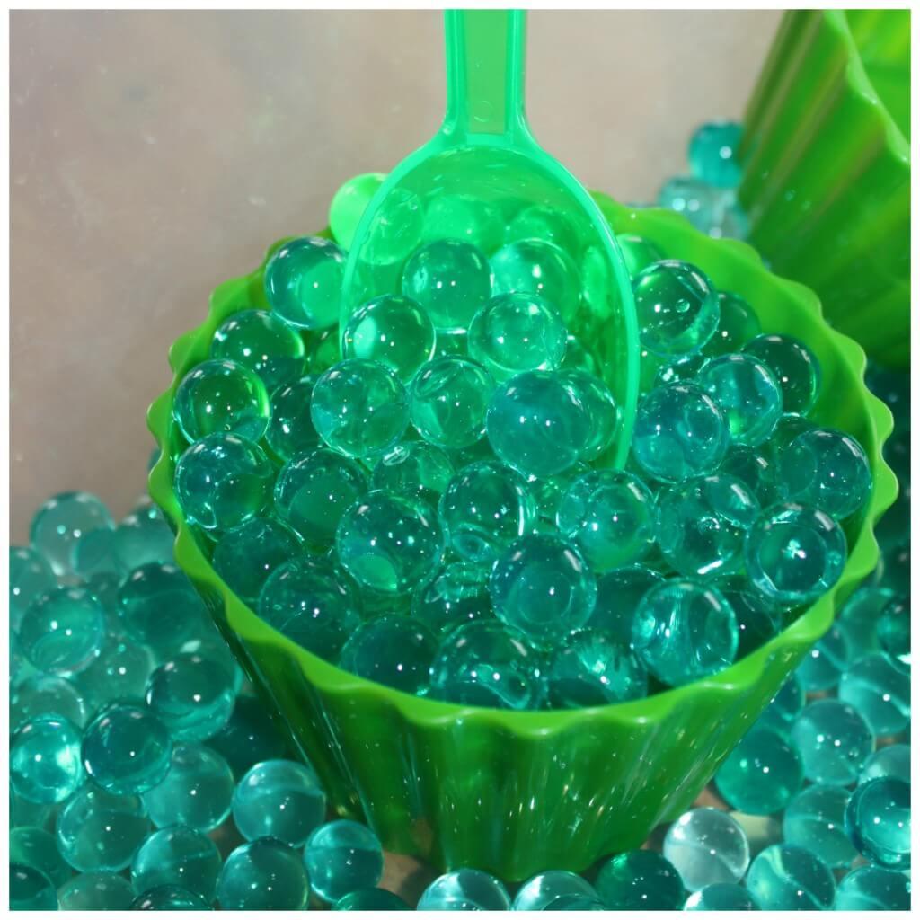 St Patricks Day Sensory Bin Water Beads