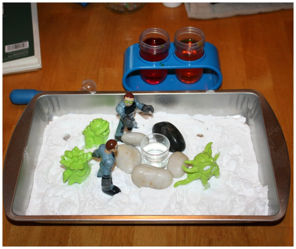 Space Baking Soda Science Set Up