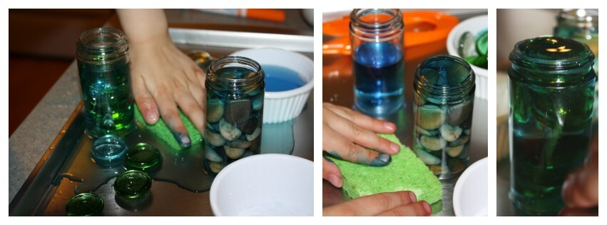 kitchen science water displacement sponge play