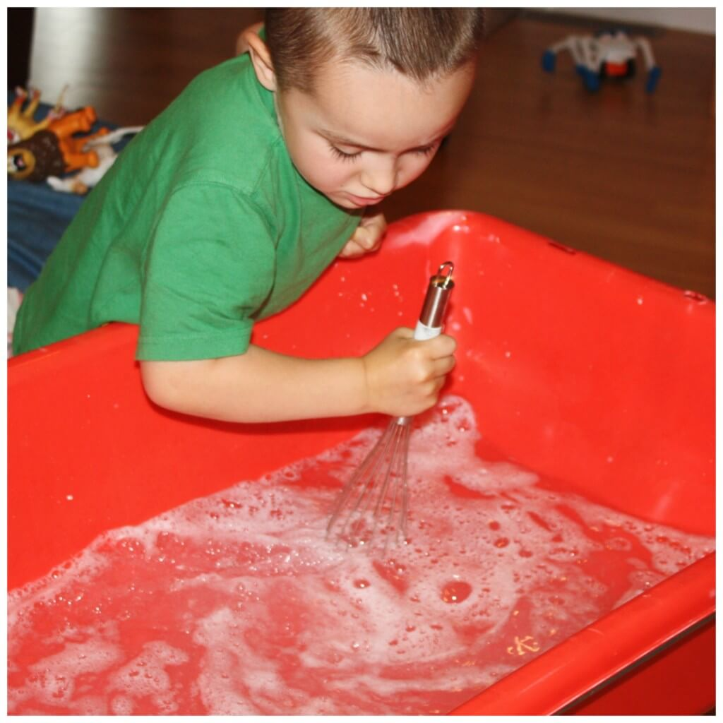 Animal Wash Sensory Play Mixing Bubbles