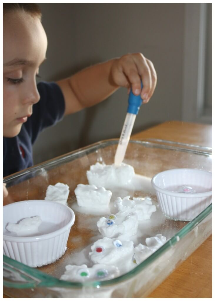 Fizzy Melting Ghosts Baking Soda Science Sensory Play