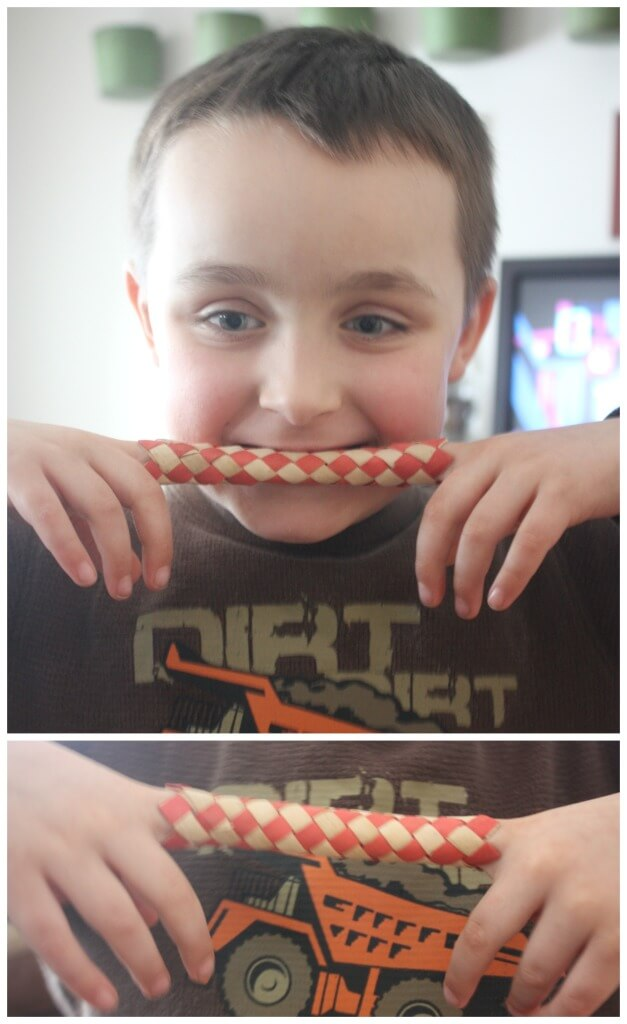 Candy Free Valentine Card for Kids Finger Trap