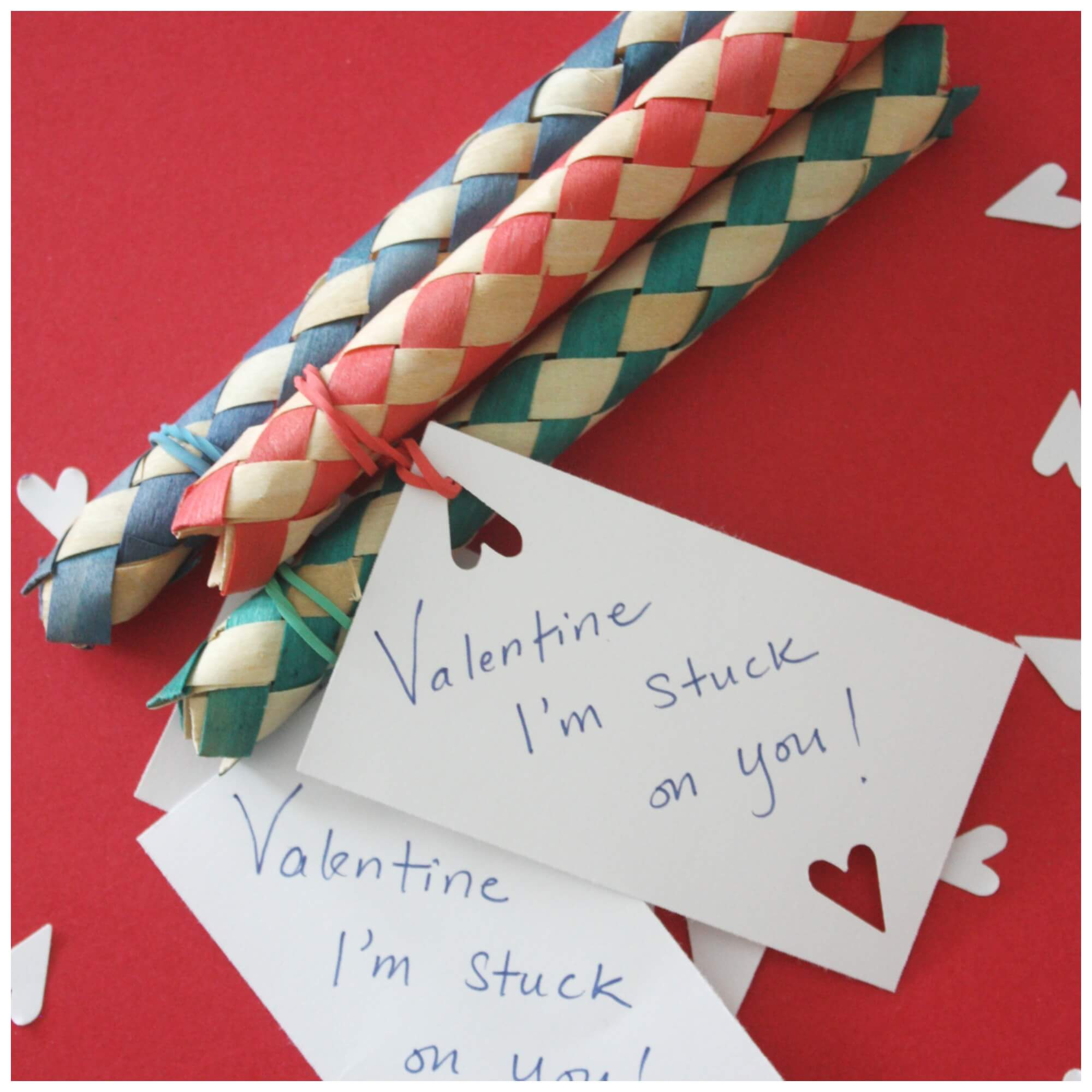 Candy Free Valentine Card for Kids Finger Trap Toy – Free Valentines Cards for Kids
