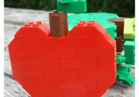Build a Lego Apple with curved sides