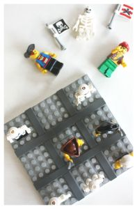 Tic Tac Toe Game DIY Pirate Game with LEGO