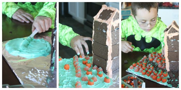 Graham Cracker Haunted House Activity