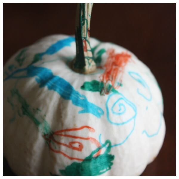 Mini Pumpkin Decorating Idea for kids fine motor skills