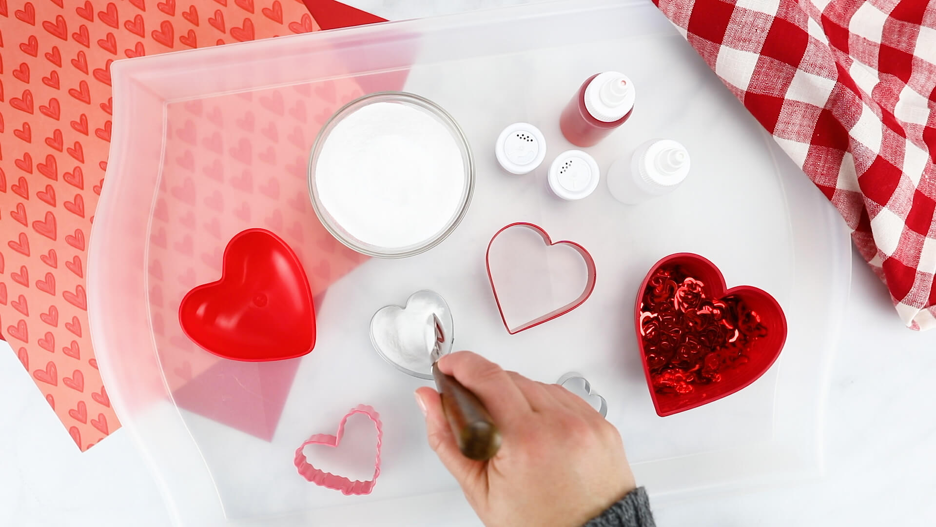 Valentines Baking Soda Vinegar Experiment for Valentines