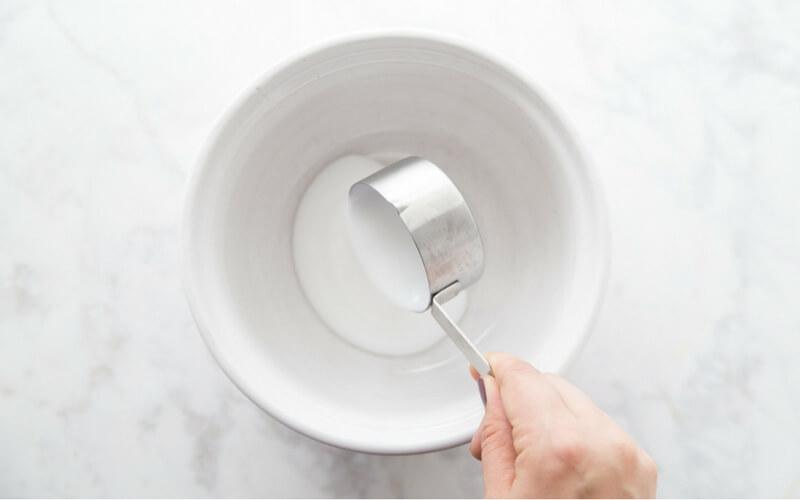 Liquid starch slime with PVA glue
