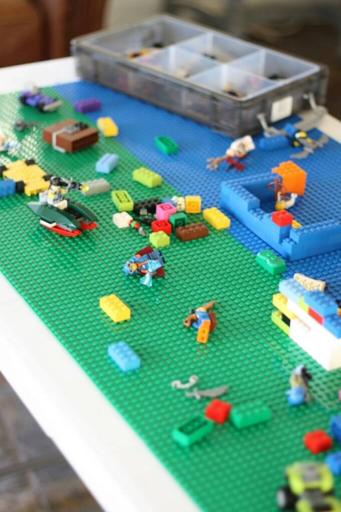 DIY LEGO table idea