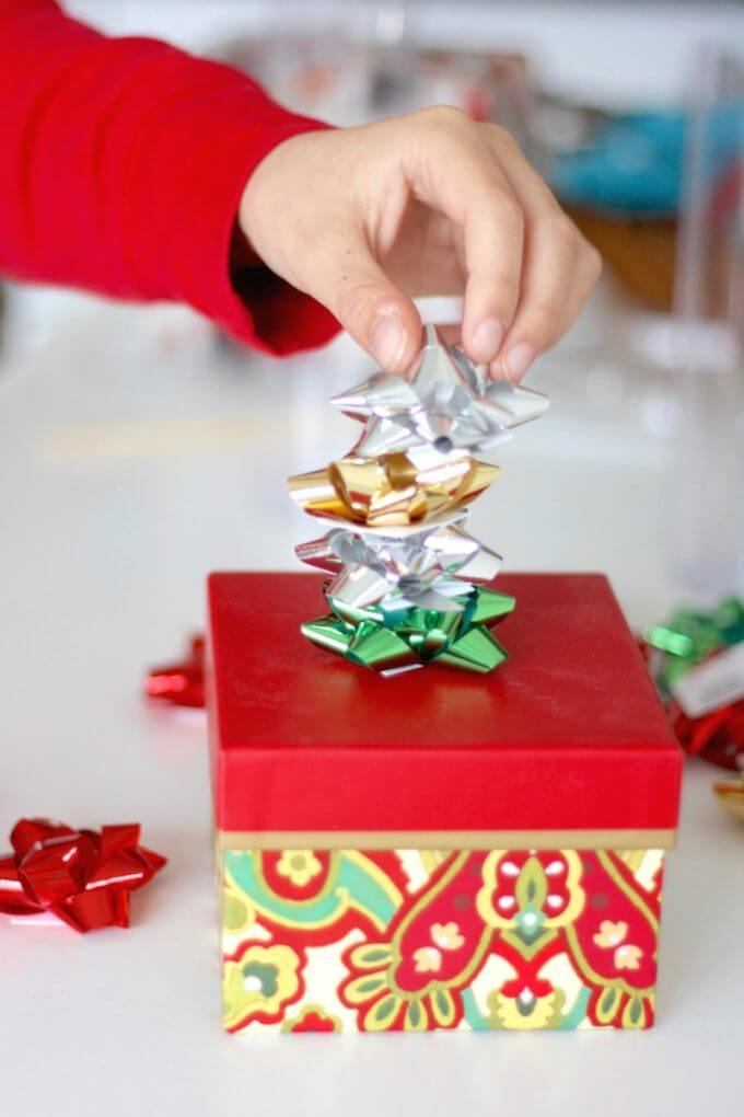 building-chrsitmas-bow-towers-stem-activity