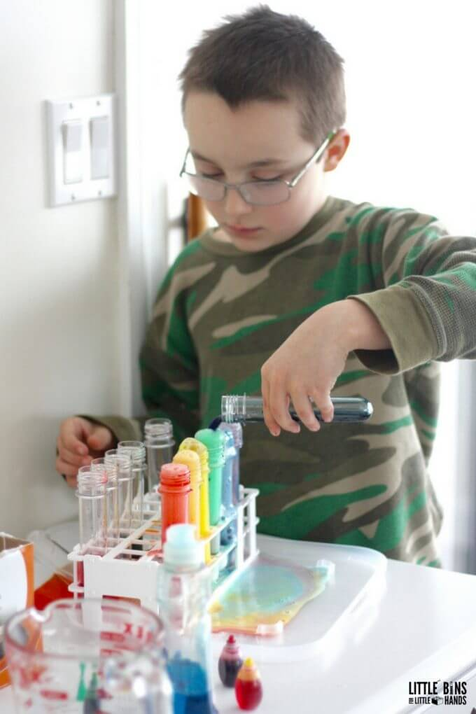 Making Rainbows Science with Baking Soda and Vinegar Chemistry