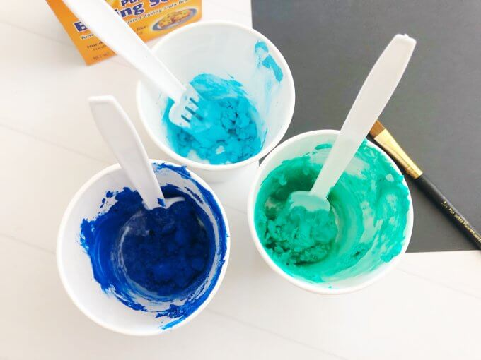 mix paint with baking soda